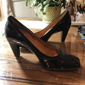 Sofft black patent heels - timeless!